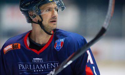 hockey2-400×240